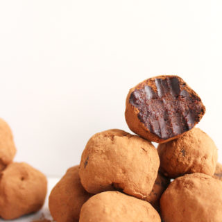 5 Ingredient Carob Truffles