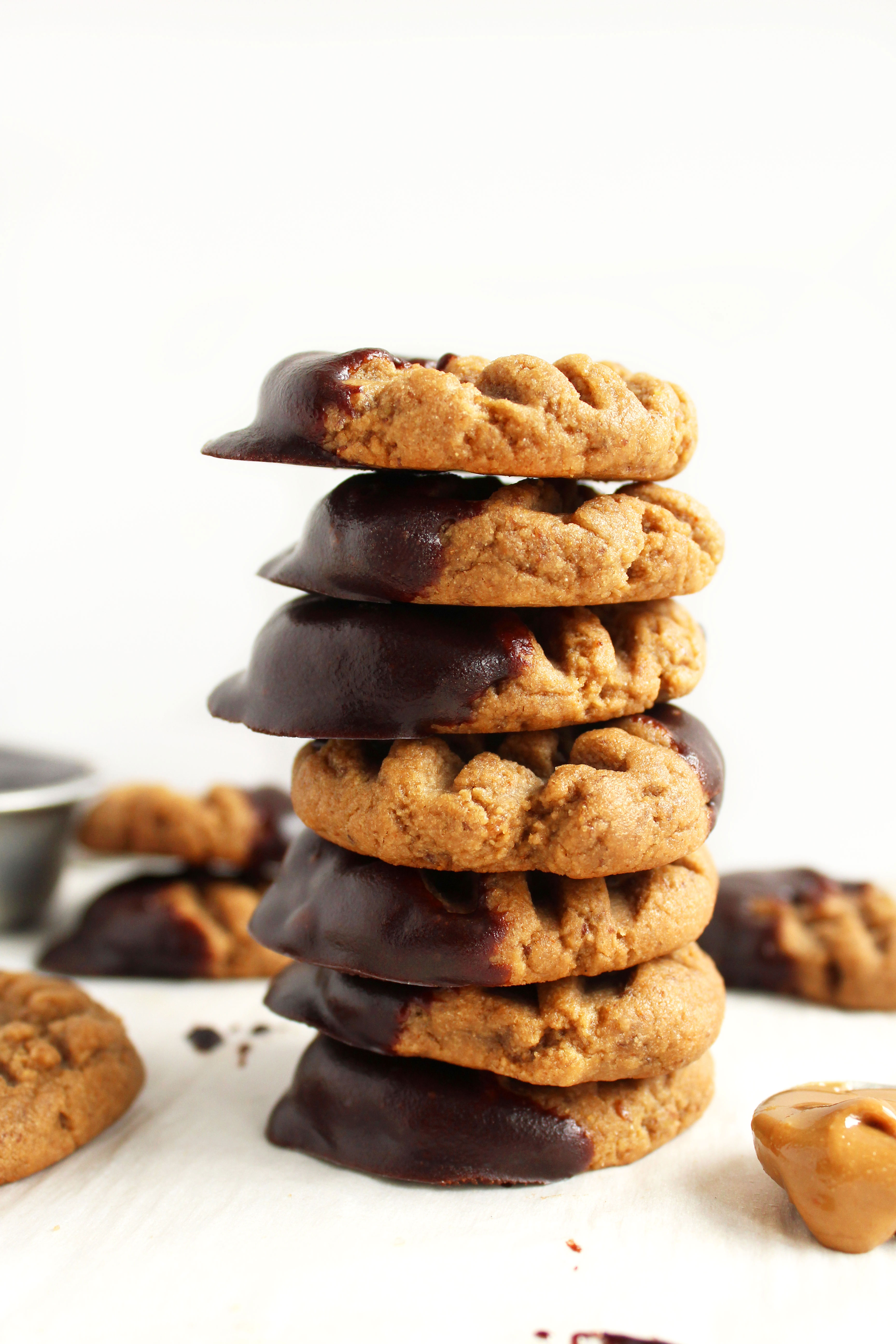 chewy chocolate dipped sunbutter cookies v gf super chewy peanut